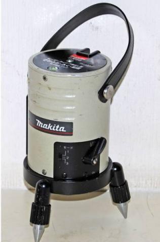 Makita マキタ レーザーライナー墨出し器 SK66