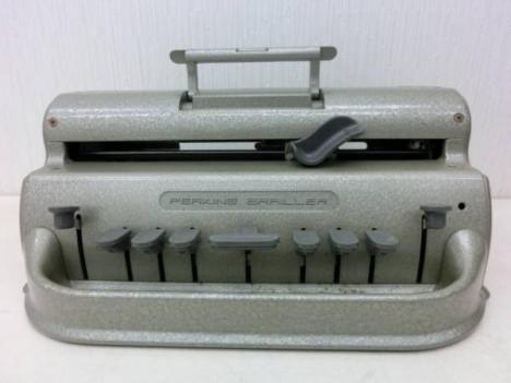 PERKINS BRAILLER 点字タイプライター